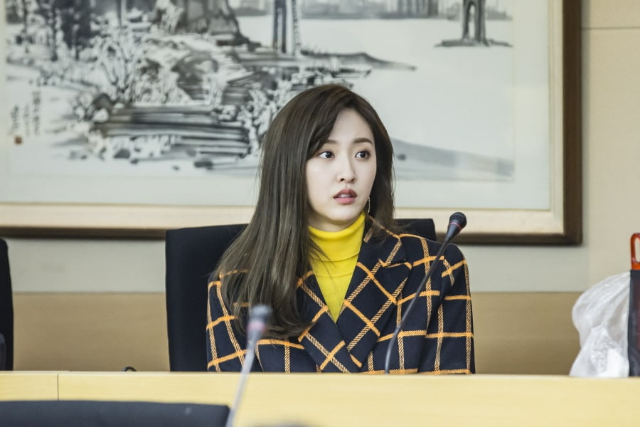 """Judge vs. Judge"" Director Has Nothing But Praise For BESTie's Haeryung"