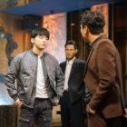 """Jo Jung Suk Faces Lee Shi Un's Gang In New """"Two Cops"""" Stills"""