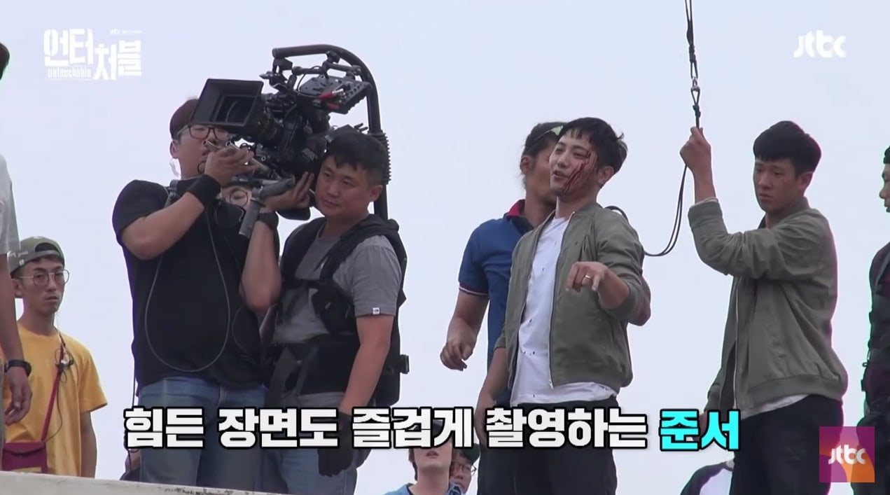 "Watch: Jin Goo Doesn't Hold Back To Create The Perfect Action Scenes For JTBC's ""Untouchable"""