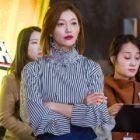 "Lee El Is A Charismatic Secretary In New ""Hwayugi"" Stills"
