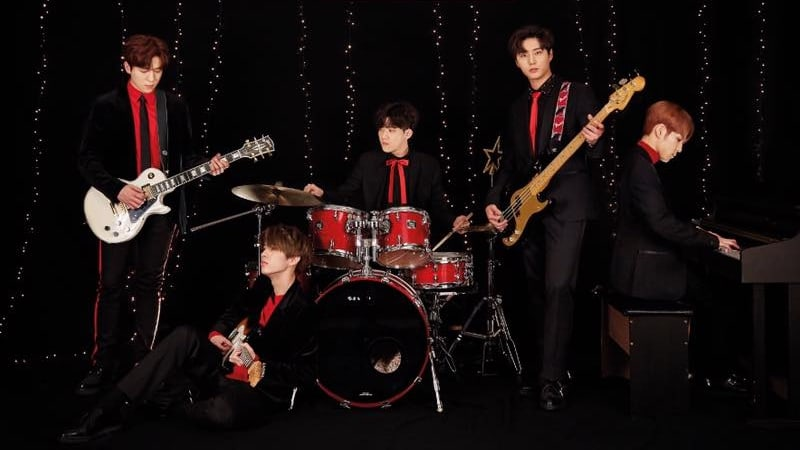 DAY6 Tops Global iTunes Charts With New Album
