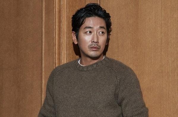 Ha Jung Woo Picks Favorite Male And Female Co-Stars