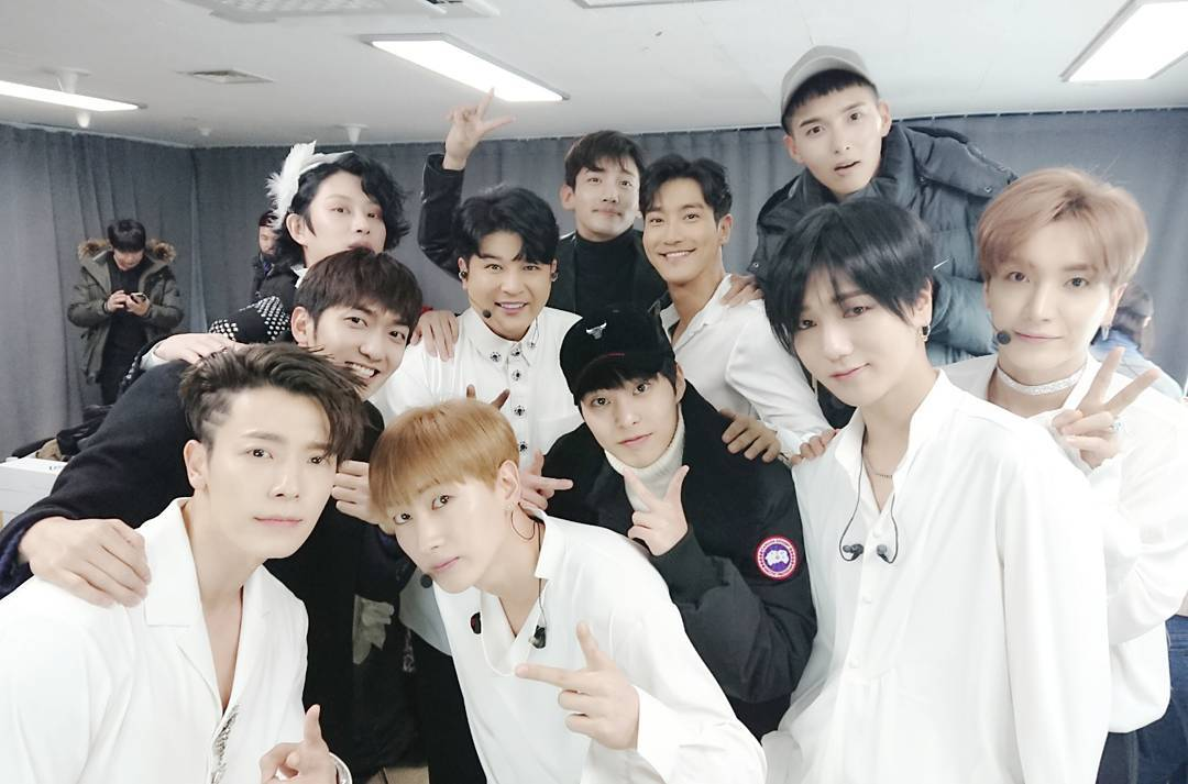 """SMTOWN Shows Their Love For Super Junior At """"Super Show 7"""" 