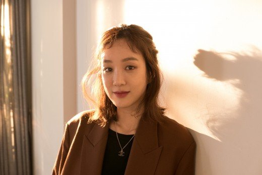 Jung Ryeo Won Shares How She Deals With Stress And Why She's Not Worried About Marriage