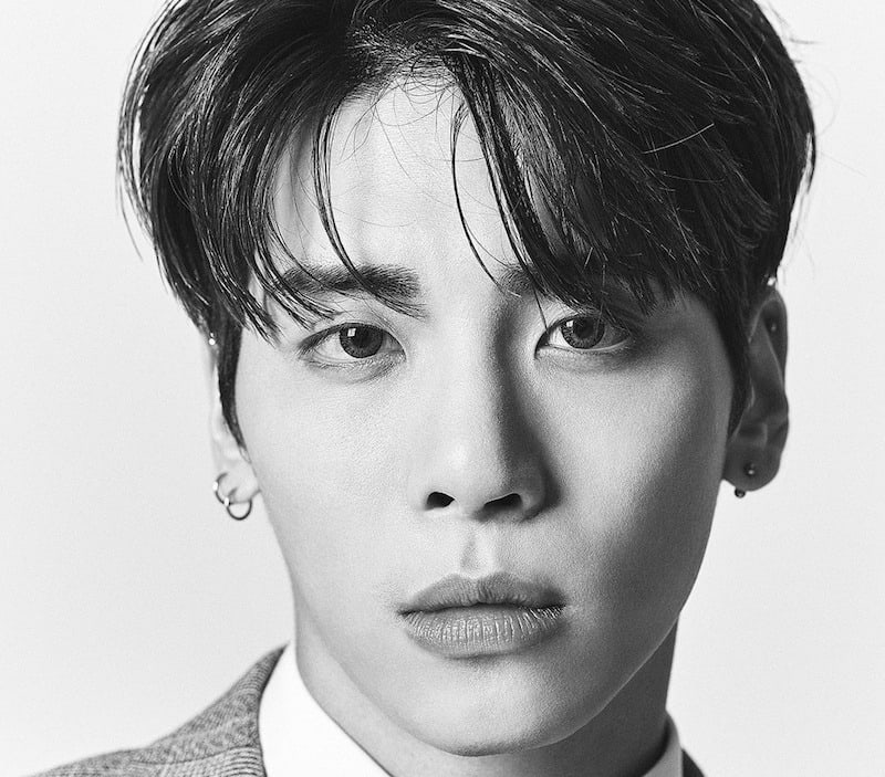 Fans Honor SHINee U2019s Jonghyun With Memorials All Over The