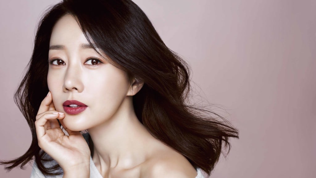 Yoon Son Ha's Agency Responds To Rumors Of Her And Son Moving To Canada Following Bullying Controversy