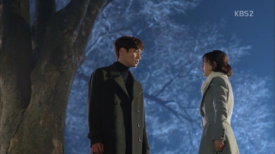 "Romance Starts To Bloom On ""Jugglers"" Between Choi Daniel And Baek Jin Hee"