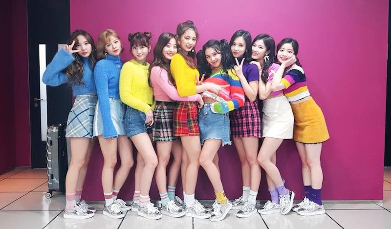 "TWICE Grabs 5th Win For ""Heart Shaker"" On ""M!Countdown"""