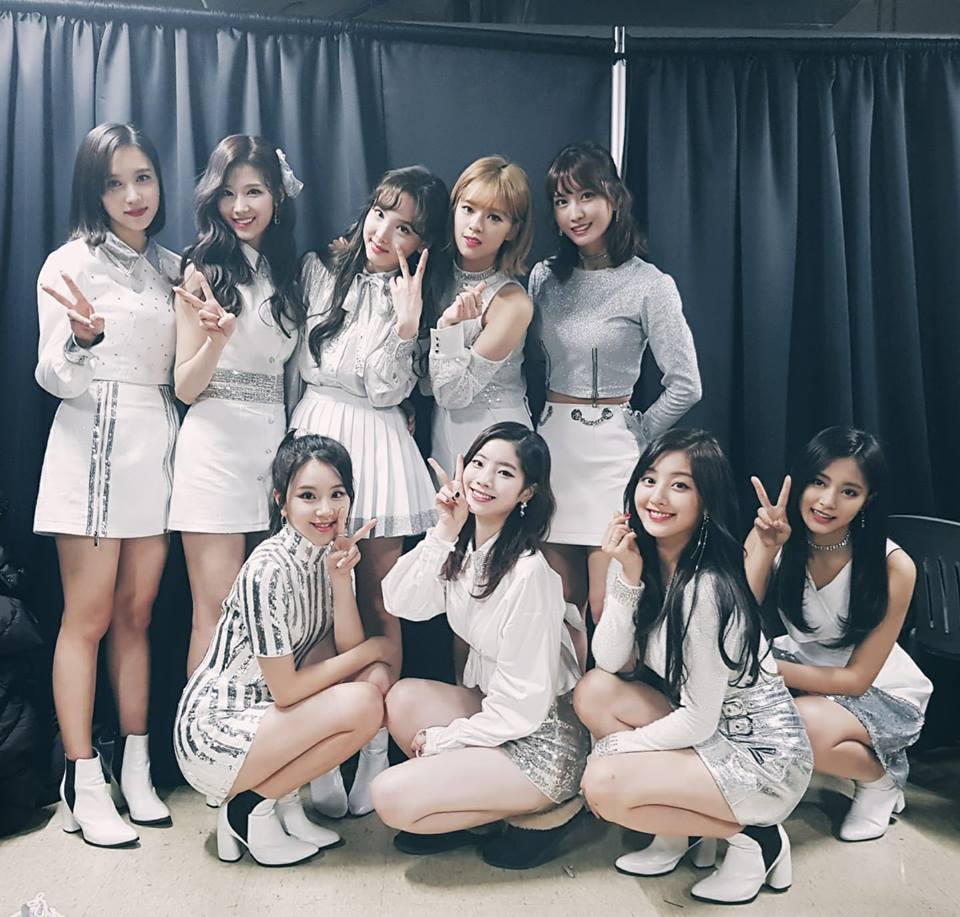 "TWICE Gets 6th Win For ""Heart Shaker"" On ""Music Bank"""