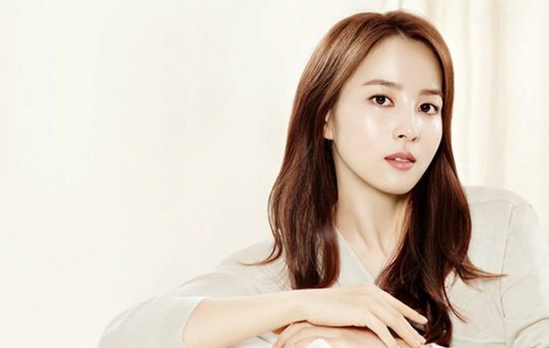 Han Hye Jin In Talks For Lead Role In Upcoming MBC Drama