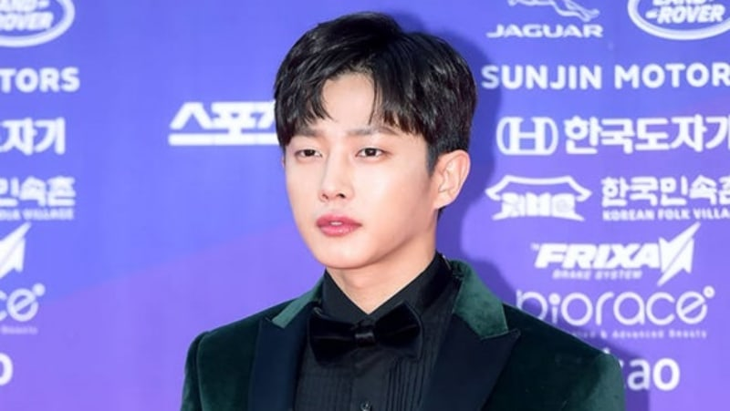 "Kim Min Suk Considering MC Offer For ""Begin Again 2"""