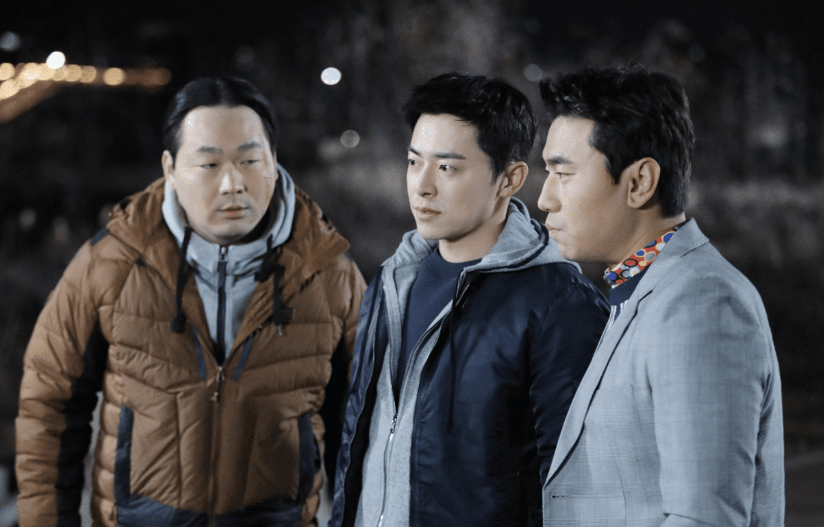 "Jo Jung Suk, Lee Shi Un, And Yoon Bong Gil Meet Up In New Stills For ""Two Cops"""