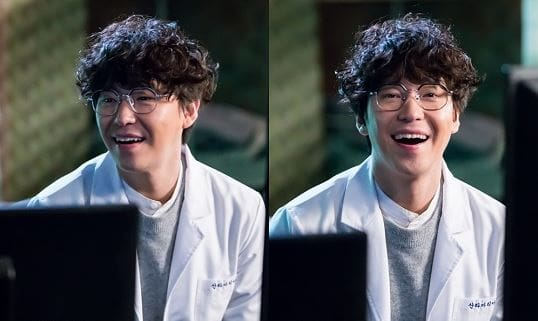 "Uhm Ki Joon Receives Praise For Always Being Energetic On Set Of ""I Am Not A Robot"""