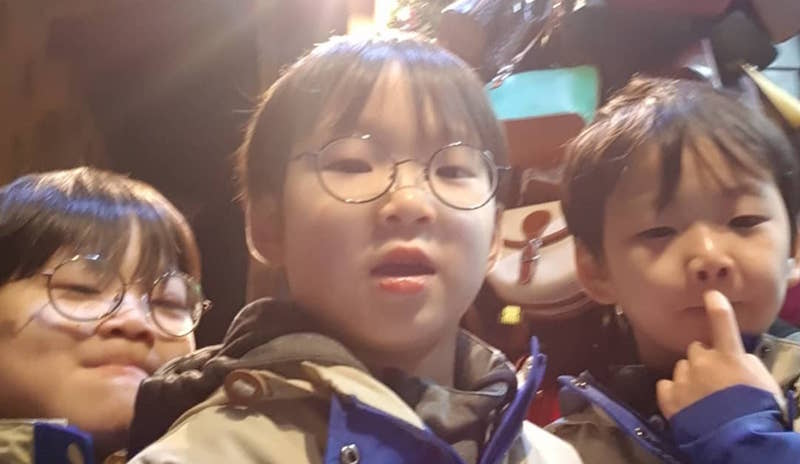 Song Triplets Take Their First Selfie Ever