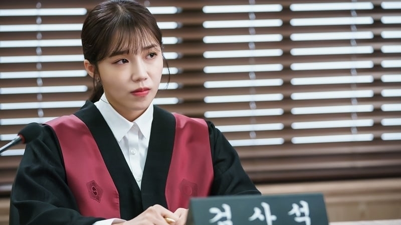 """Apink's Jung Eun Ji Transforms Into A Charismatic Prosecutor Ready For The Courtroom In """"Untouchable"""""""