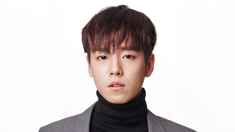 lee hyun woo enlists in the military soompi