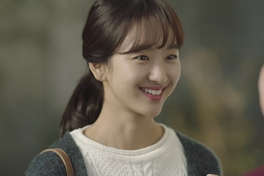"Won Jin Ah Talks About Being Praised For Drama Debut ""Just Between Lovers"""