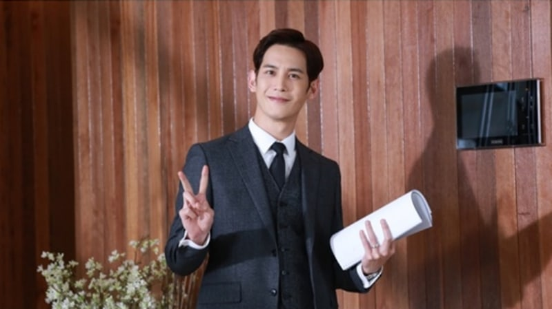 """Park Ki Woong Reveals How He Got Into Character For Murder Suspect Role In """"Return"""""""