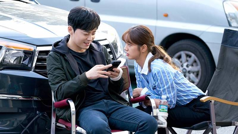 Jo Jung Suk Reveals When He Feels Generation Gap With Girl's Day's Hyeri