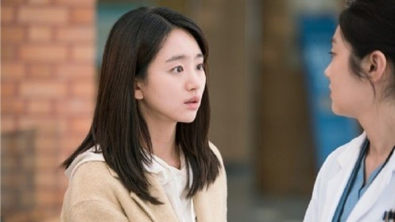 """Won Jin Ah Is Full Of Worry After Latest Setback In """"Just Between Lovers"""""""
