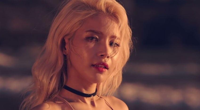 "MAMAMOO Rilis Video Teaser Solar untuk ""Starry Night"""