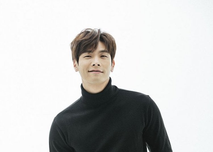 "Choi Daniel Talks About ""Jugglers"" And Kiss Scene With Baek Jin Hee"