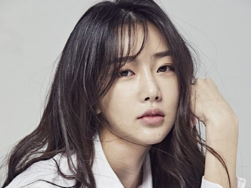 Dal Shabet's Subin Signs Contract With Keyeast