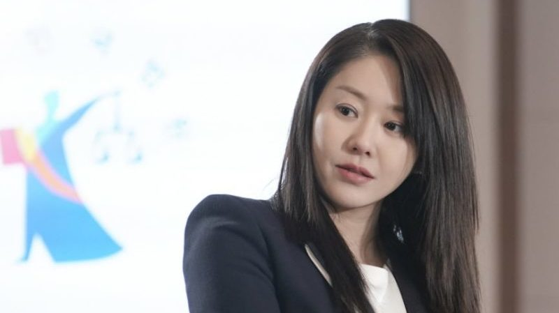 "Go Hyun Jung Announces Departure From ""Return"""