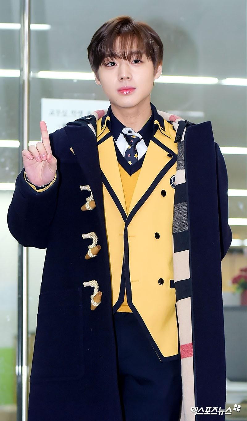 Idols Graduate From School Of Performing Arts Seoul   Soompi