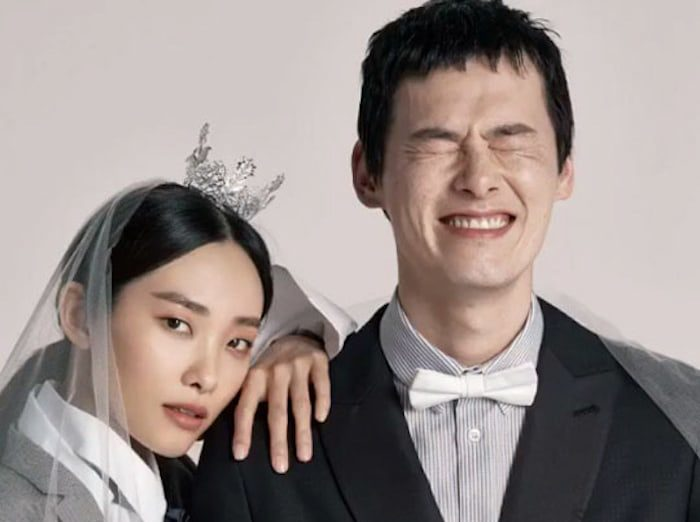 Model Couple Kwak Ji Young And Kim Won Joong Pose For Sweet Wedding Photo Shoot
