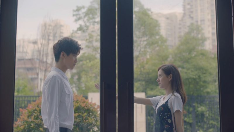 "Not Your Typical Vampire-Human Romance: 5 Reasons To Watch ""I Cannot Hug You"""