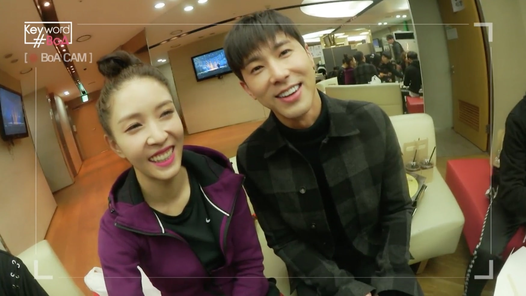 Close Friends TVXQ's Yunho And BoA Tease Each Other During His Visit To Support Her Comeback