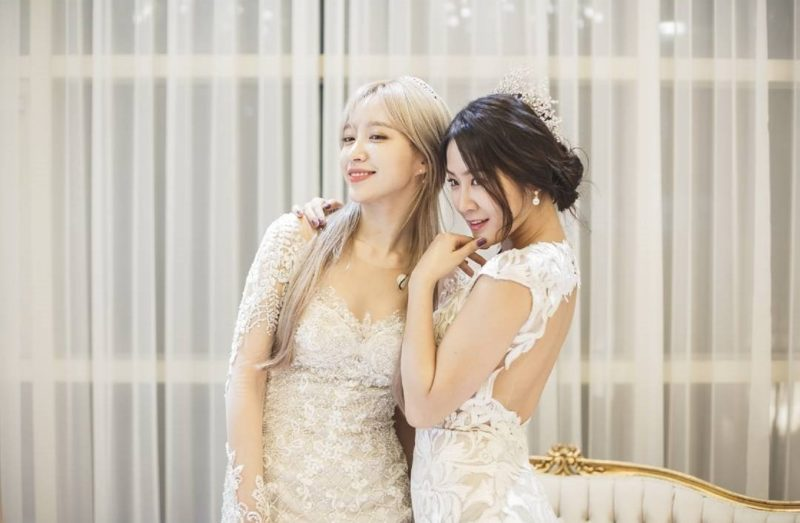 Soyou And EXID's Hani Transform Into Gorgeous Brides For Photo Shoot