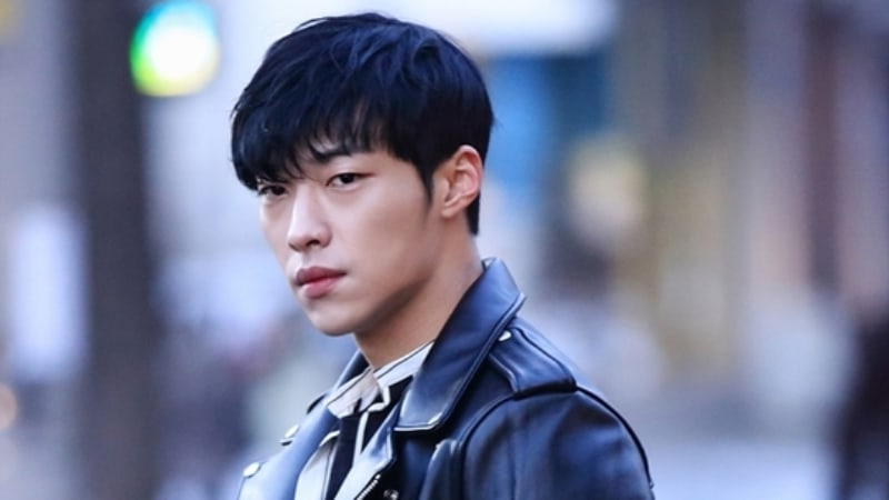 "Woo Do Hwan Transforms Into A Seductive Ladies' Man For ""Tempted"""