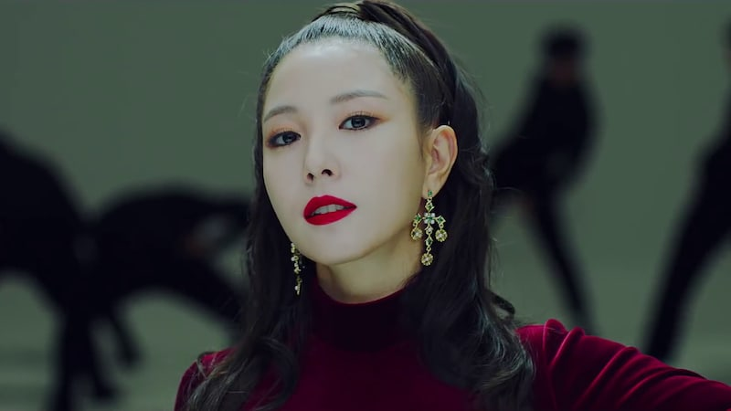 """Update: BoA Unveils MV Teaser For """"One Shot, Two Shot"""""""