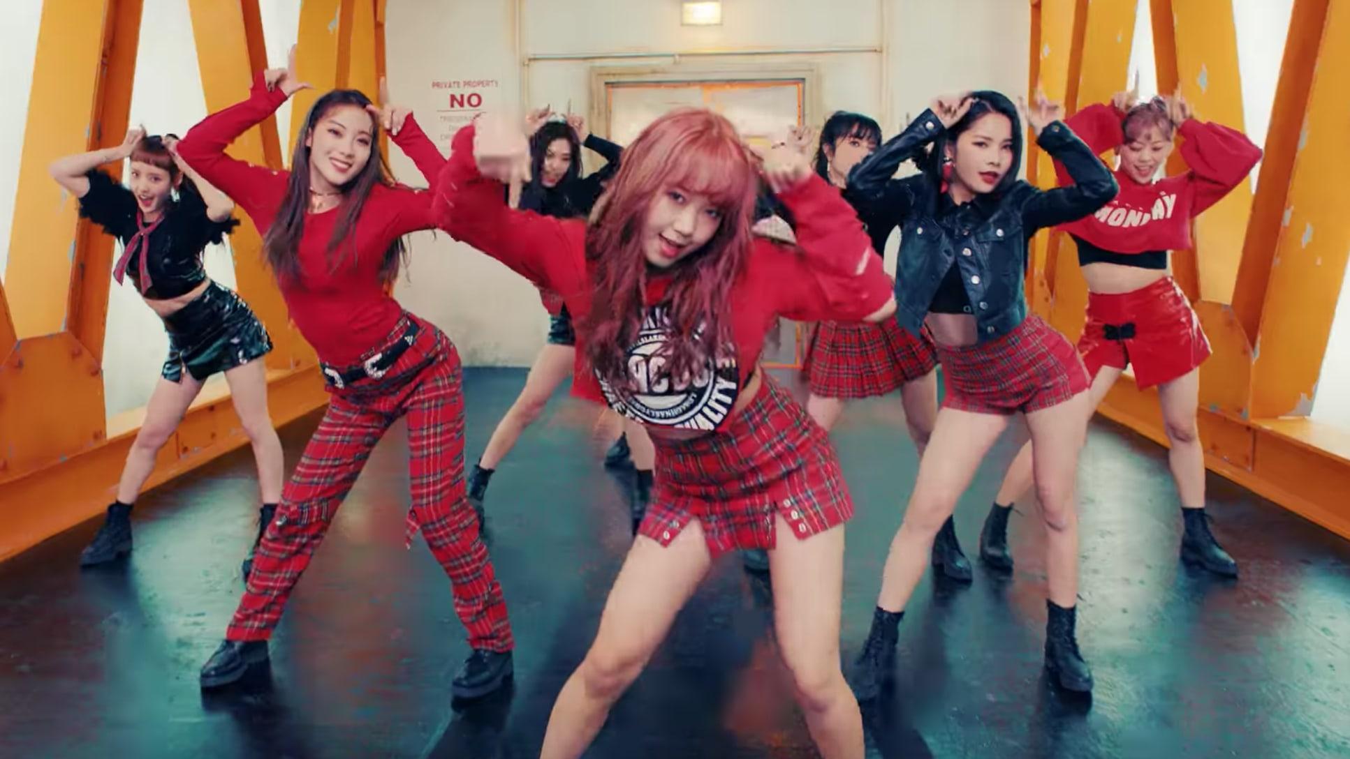 """Watch: Weki Meki Goes """"La La La"""" In MV For First Comeback Since Debut"""