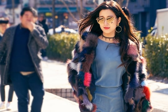 "Moon Ga Young Flaunts Her Unique Fashion Style In ""Tempted"""