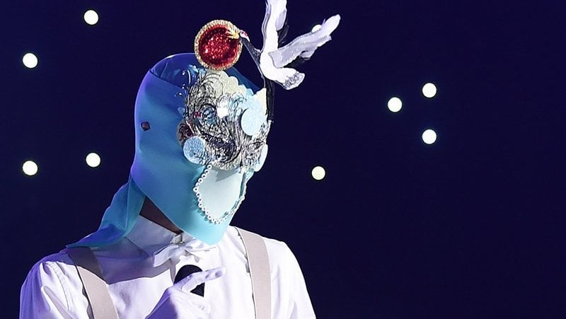 "Idol Known For His Producing Abilities Impresses On ""King Of Masked Singer"""