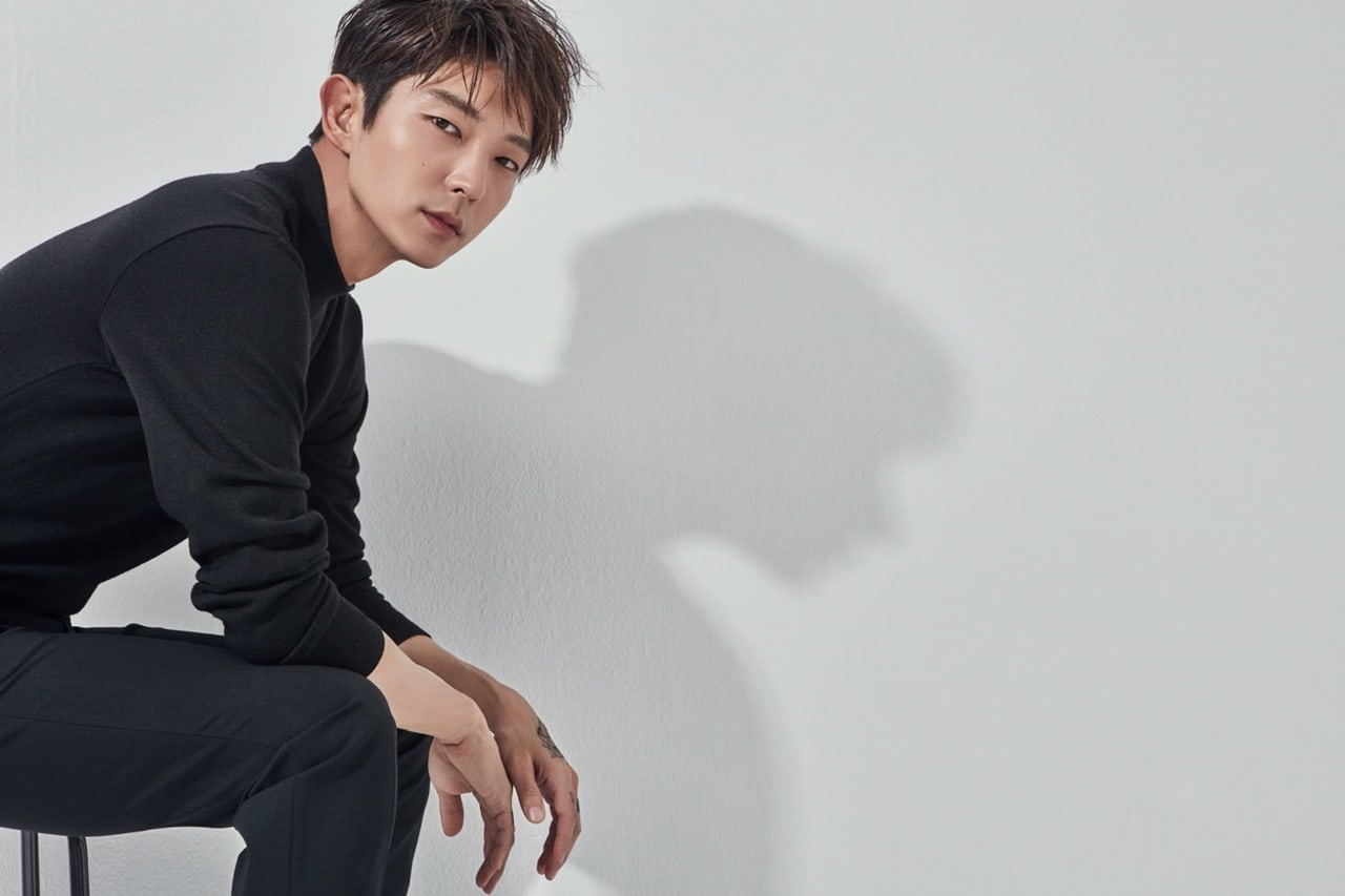 "Lee Joon Gi Confirmed For New tvN Drama + To Reunite With ""Time Between Dog And Wolf"" PD"