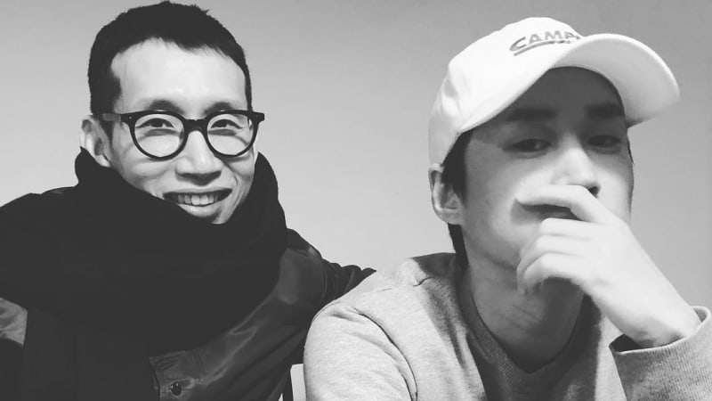 "Tablo Sends His Friend Bong Tae Gyu A Coffee Truck On The Set Of ""Return"""