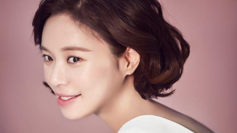 Hwang Jung Eum In Talks To Star In New Romantic Comedy Drama