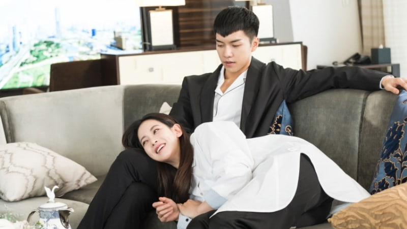 """Lee Seung Gi And Oh Yeon Seo Get Adorably Domestic On Next Episode Of """"Hwayugi"""""""