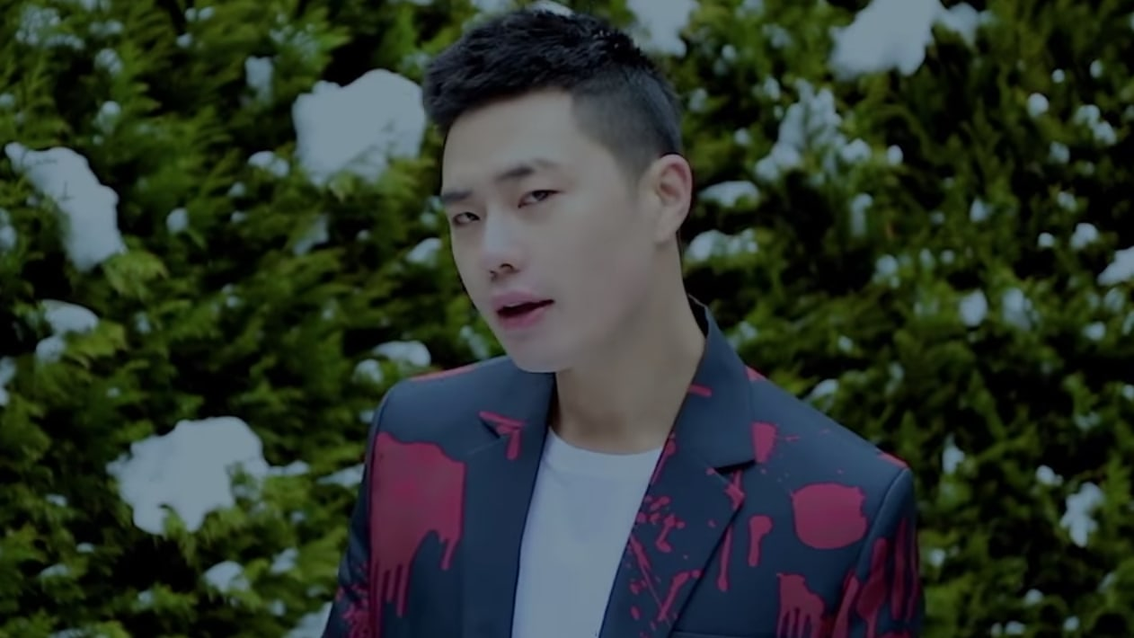 """Watch: Jung Dong Soo (ARKAY) From """"Produce 101 Season 2"""" Drops MV For Sexy Remix Of Wanna One's """"Energetic"""""""