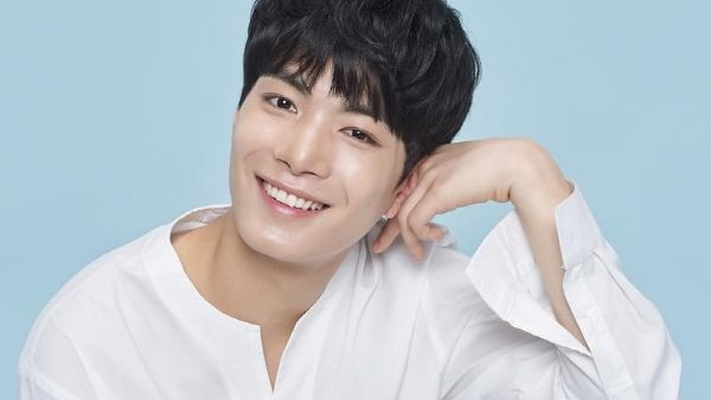 """NU'EST's JR Talks About His Experience On """"Law Of The Jungle"""" Trip And Gaining Confidence"""