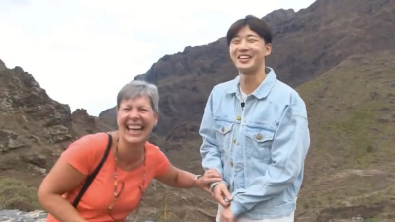 "Watch: Park Seo Joon Apparently Resembles Harrison Ford, According To English Tourist On ""Youn's Kitchen 2"""