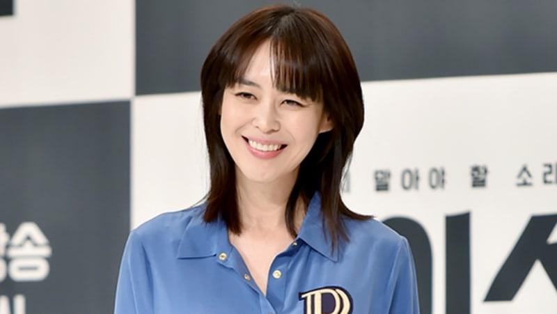 Actress Lee Ha Na Signs With Saram Entertainment