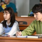 """""""Cheese In The Trap"""" Releases Preview Of Sandara Park And Kim Hyun Jin Ahead Of Film Premiere"""