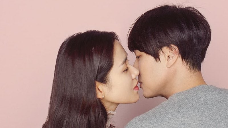 Son Ye Jin And So Ji Sub Tug Heartstrings In Poster For Upcoming Film