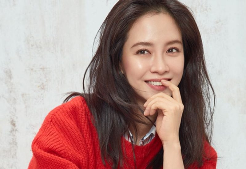 "Song Ji Hyo Shares Her Childhood Nickname And Explains Why Male Members Of ""Running Man"" Avoid Her At Award Shows"