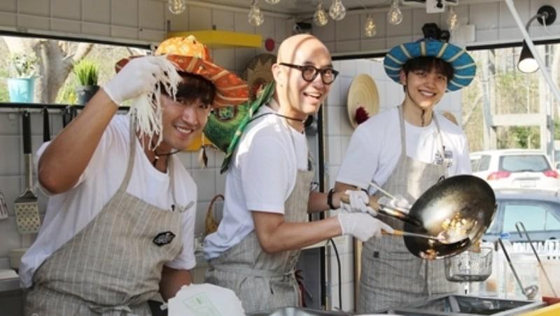 Shinhwa's Lee Min Woo, Hong Suk Chun, And Yeo Jin Goo Run Food Truck In Thailand For New Variety Show
